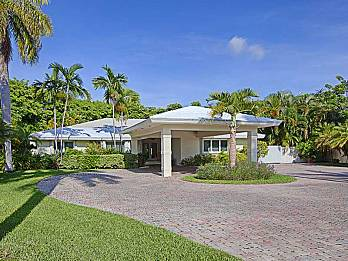 4800 bay point rd. Homes for sale in Miami