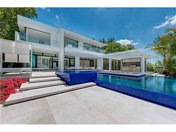 5004 n bay rd. Homes for sale in Miami Beach