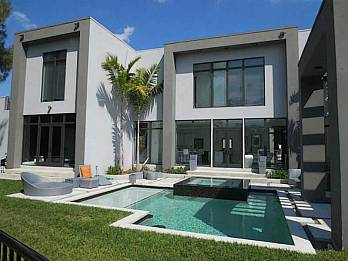 1009 ne 104 st. Homes for sale in Miami