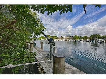 287 las brisas ct. Homes for sale in Coral Gables