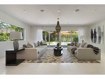 5815 n bay rd. Homes for sale in Miami Beach