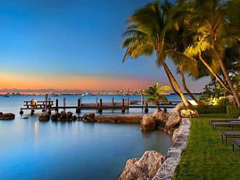 9 harbor point. Homes for sale in Key Biscayne