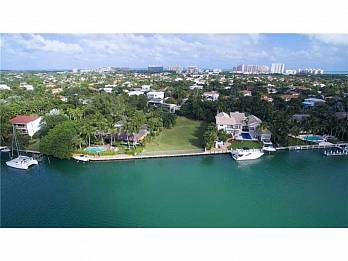 670 harbor drive. Homes for sale in Key Biscayne