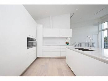 4441 n bay rd. Homes for sale in Miami Beach