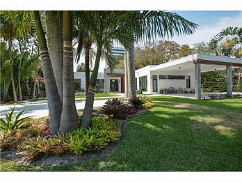 4560 bay point rd. Homes for sale in Miami