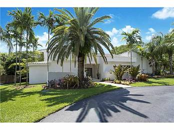 17125 sw 80th ct. Homes for sale in South Miami