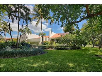 332 los pinos pl. Homes for sale in Coral Gables