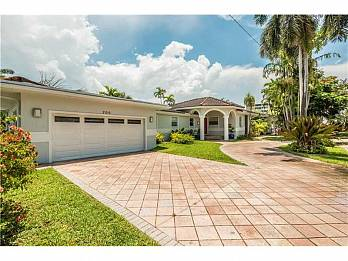 700 95th st. Homes for sale in Surfside