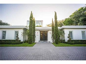 4420 bay point rd. Homes for sale in Miami