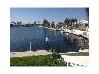 312 marine dr. Homes for sale in Hallandale Beach