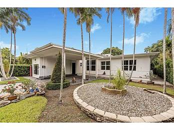 1525 calais dr. Homes for sale in Miami Beach