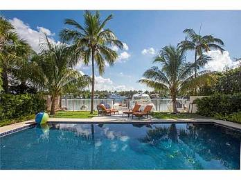 241 n coconut lane. Homes for sale in Miami Beach