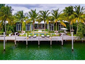 220 knollwood dr. Homes for sale in Key Biscayne