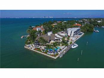 28 harbor pt. Homes for sale in Key Biscayne