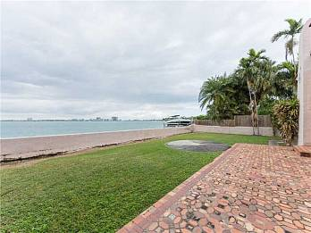 5226 n bay rd. Homes for sale in Miami Beach