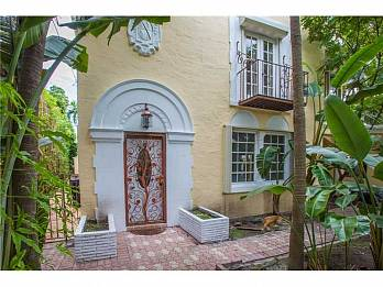 2061 n bay rd. Homes for sale in Miami Beach