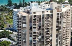 Aquazul Condo. Condominiums for sale in Fort Lauderdale