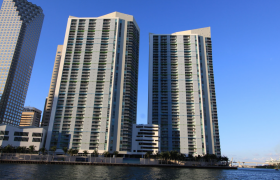 One Miami Condo. Condominiums for sale in Downtown Miami