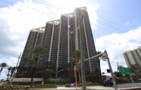 Pinnacle Sunny Isles. Condominiums for sale