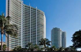 Porto Vita. Condominiums for sale in Aventura