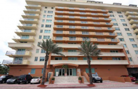 Spiaggia Surfside. Condominiums for sale