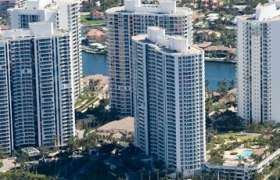 The Point. Condominiums for sale in Aventura