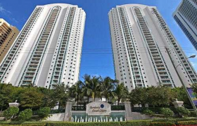 Turnberry Ocean Colony. Condominiums for sale
