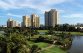 Turnberry on the Green. Condominiums for sale in Aventura