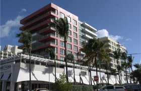 Hilton Bentley. Condominiums for sale in South Beach