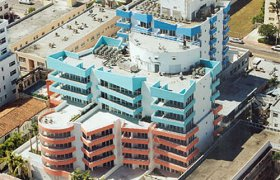Ocean Place East. Condominiums for sale in South Beach