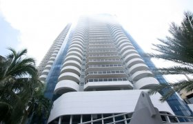 La Gorce Palace. Condominiums for sale in Miami Beach