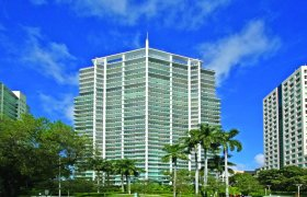 Grovenor House Coconut Grove. Condominiums for sale
