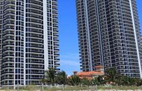 Blue Diamond Miami Beach. Condominiums for sale