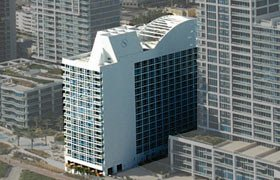 Canyon Ranch Condo Hotel Central Tower. Condominiums for sale in Miami Beach
