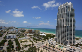 Continuum North Tower. Condominiums for sale in South Beach