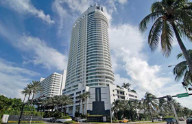 Fontainebleau II. Condominiums for sale in Miami Beach