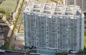 Hamptons South. Condominiums for sale in Aventura