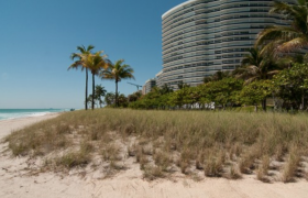Majestic Tower. Condominiums for sale in Bal Harbour
